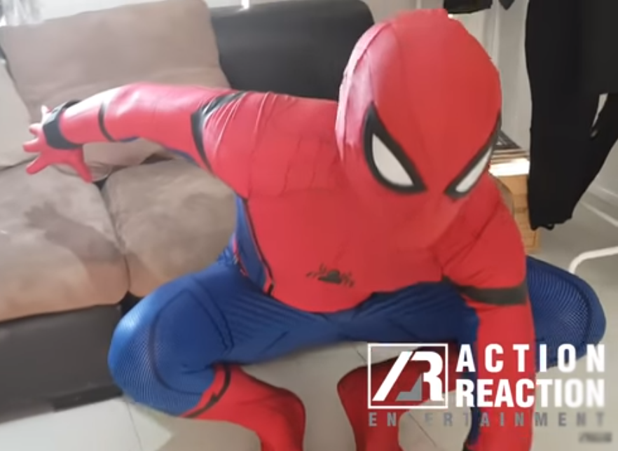 How to use costume to play spider man game: Homecoming movie